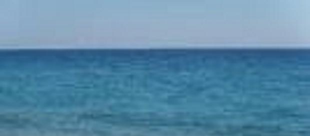 Calabria 30enne tenta il suicidio in mare.