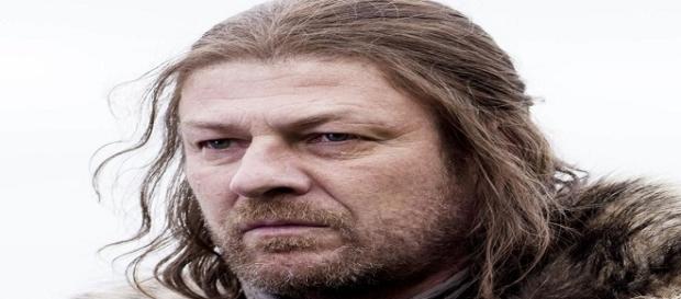 Sean Bean caracterizado como Eddard Stark