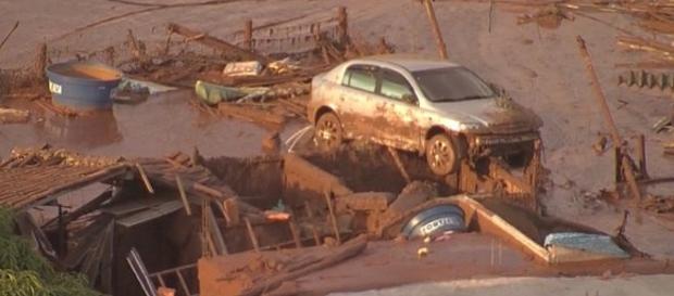 Mortos e desaparecidos pelo rompimento de barragem