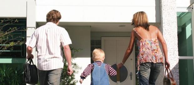 Via imu e tasi sulle seconde case se abitate da un parente la proposta della maggioranza - Tasse sull acquisto della prima casa ...