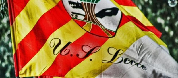 Il Lecce fa la conta degli assenti per la sfida.