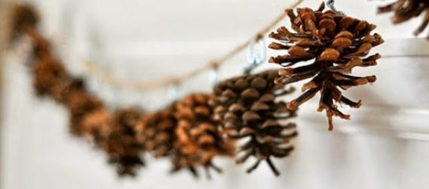 Piñas para decoraciones otoñales, guirnalda