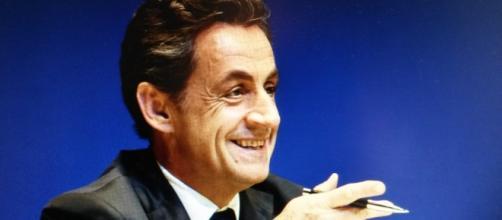 Sarkozy, solitaire ou rassembleur des LR ?