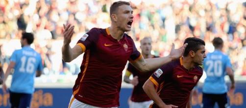 L'esultanza di Dzeko, autore del 1-0 sulla Lazio
