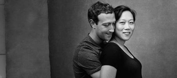 Mark Zuckerberg posta foto com sua mulher grávida