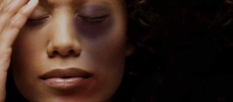 A violência contra as mulheres continua crescendo