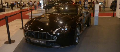 O Aston Martin Vantage N430, classe e status