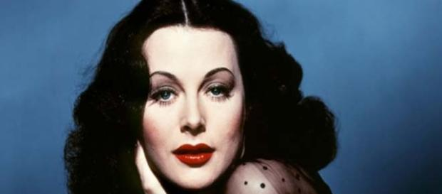 Hedy Lamarr had brains and beauty.