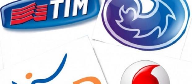 Tre Italia: offerte e promozioni Natale, Vodafone e Tim lanciano i ...