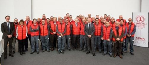 Il personale del magazzino ricambi Nissan Italia