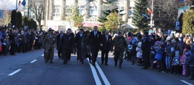 Oficialitati din Piatra Neamt la Ziua Nationala