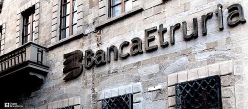 Banca Etruria butta i soldi in yacht fantasma.