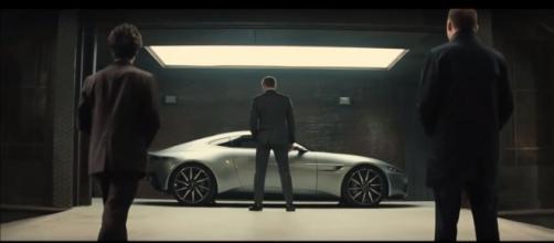 Escena de Spectre, Aston Martin DB10