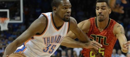 Kevin Durant records a triple-double
