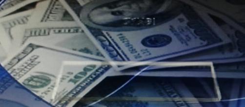 Movimenti di denaro per salvare le banche