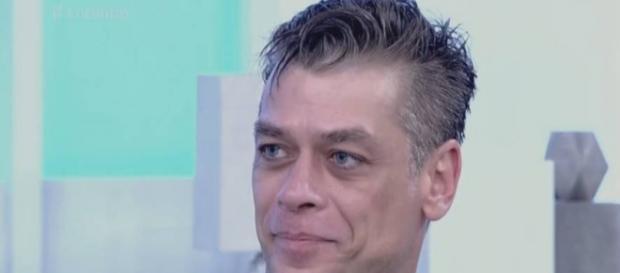 Fábio Assunção atrasa ao vivo para o 'Encontro'