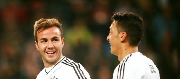Mario Götze und Mesut Özil bald bei Arsenal?