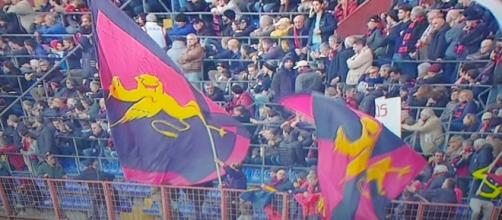 Bandiere del Genoa al Ferraris prima della gara