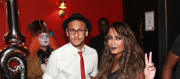 Ciumento, Neymar está de olho na irmã caçula