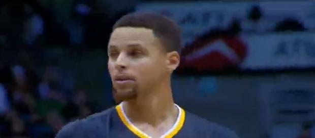 Curry no pudo evitar la primera derrota para GSW