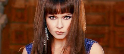 Gabriela Spanic como Ivana em A Dona.