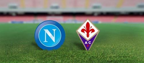 Gli stemmi di Napoli e Fiorentina