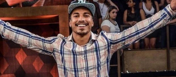 Douglas Sampaio em final de 'A Fazenda'