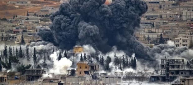 Coligação internacional tem atacado a Síria
