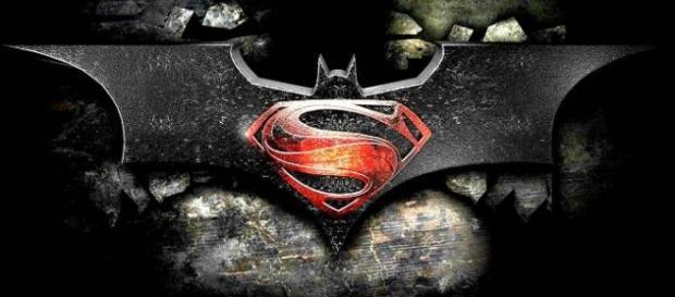 Batman v Superman presenta nuevos banners