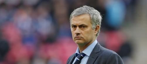 O técnico português deixa o clube no 16º lugar