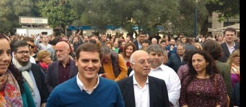 Rivera con el candidato de Cantabria al congreso.