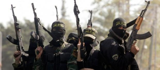 Estado Islâmico continua provocando o terror