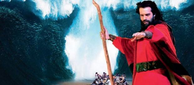 Record obriga elenco a divulgar filme bíblico