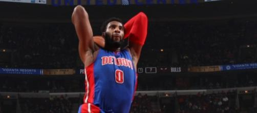 Andre Drummond, dominó ambos tableros ante Chicago