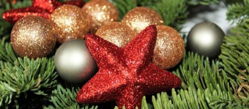 Auguri Di Buon Natale Religiosi.Frasi Auguri Natale Pensieri Originali Divertenti E D