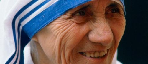 Madre Teresa de Calcutá se torna Santa