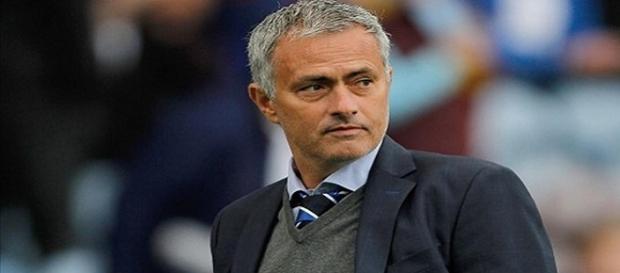 Mourinho tem vários clubes interessados