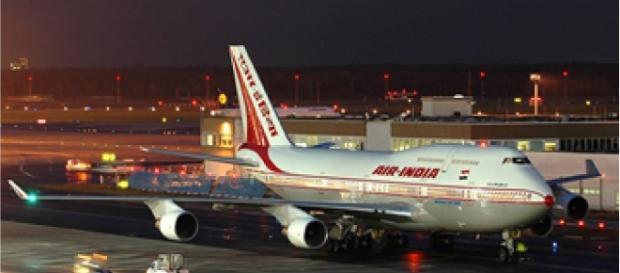 "O engenheiro trabalhava na ""Air India""."