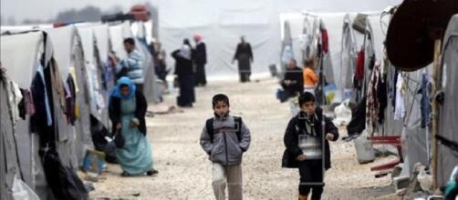 Suecia acepta unos 10 mil refugiados por semana