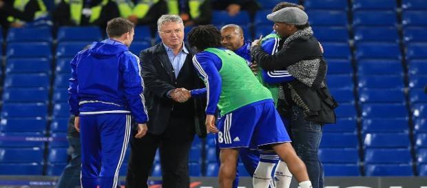 Foto: Fanpage Oficial Chelsea - Guus Hiddink