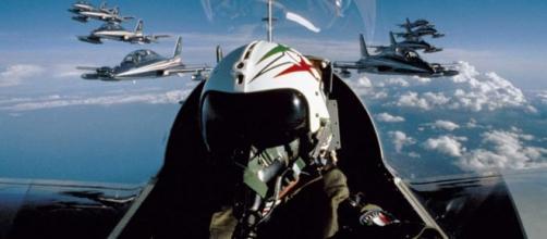 Aeronautica, nuovo concorso per 700 volontari