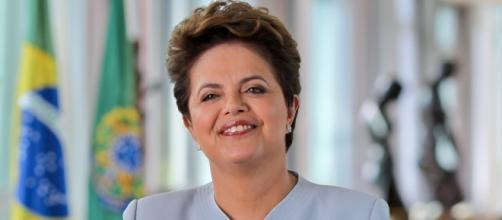 Processo de impeachment de Dilma foi deflagrado