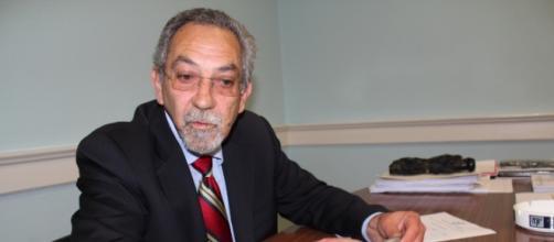 Professor e ex-deputado Carlos Morgado
