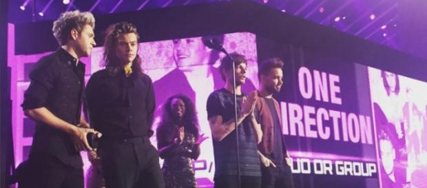 One Direction - Harry Styles, Louis Tomlinson & Co
