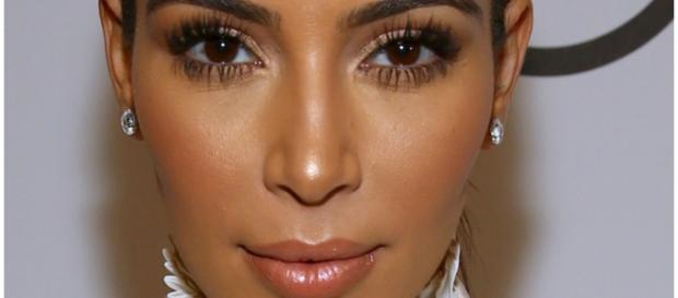 Kim Kardashian sofreu com gravidez de risco