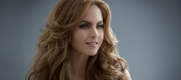 Lucero é 'Valentina' na novela 'A Dona' do SBT