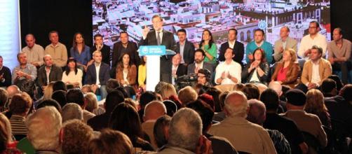 Rajoy, en el mitín en Canarias. Foto: GARDEU