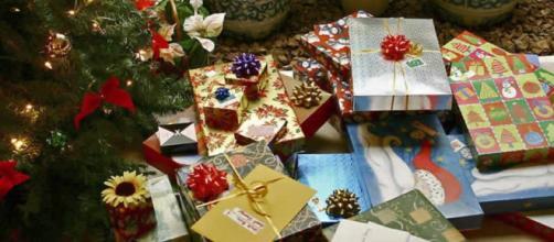 Regali di Natale: quanto anno speso gli Italiani?