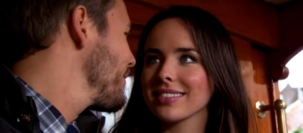 Bacio inaspettato per Liam e Ivy