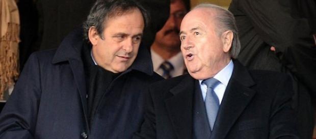 Blatter e Platini estão suspensos de futebol